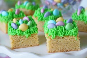 Egg Hunt Blondies